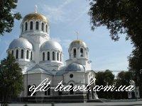 Каменец-Подольский — Бакота — Хотын — Крывче — Борщев — Скала-Подольская — Каменец-Подольский